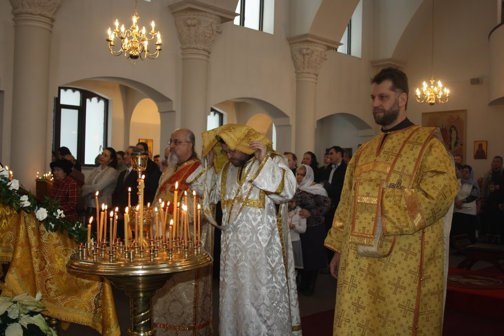 http://catholiclight.stblogs.org/archives/2012/04/09/IMG_4690.jpg