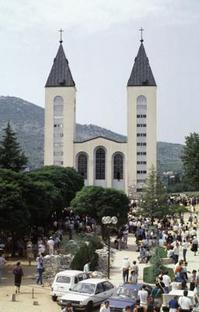St James Church, Medjugorje; Photo: KNA, Germany